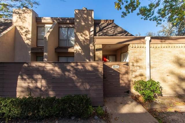 3045 Park Lane #1045, Dallas, TX 75220 (MLS #14475363) :: Robbins Real Estate Group