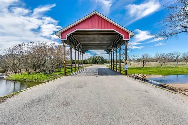 27063 Stonewood Drive, Whitney, TX 76692 (MLS #14475447) :: Team Tiller