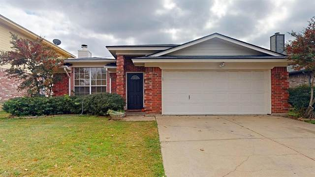 6826 Buenos Aires Drive, North Richland Hills, TX 76180 (#14475553) :: Homes By Lainie Real Estate Group