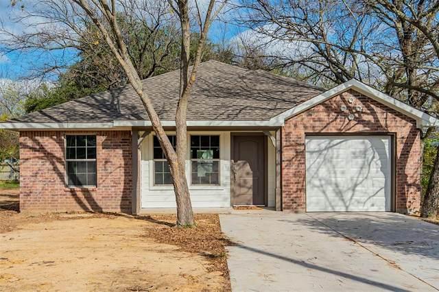 1316 N Robinson Street, Cleburne, TX 76031 (MLS #14475659) :: Lyn L. Thomas Real Estate | Keller Williams Allen