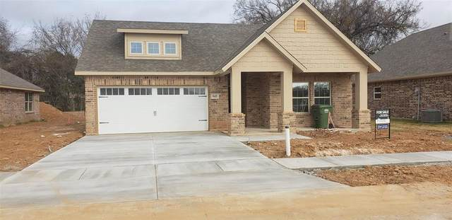 945 Sam, Springtown, TX 76087 (MLS #14475981) :: The Mauelshagen Group