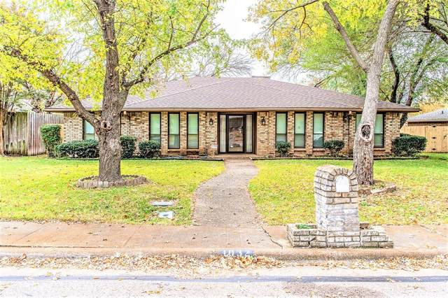1032 Cloverdale Lane, Desoto, TX 75115 (MLS #14476036) :: Real Estate By Design