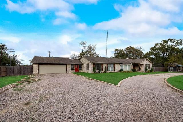 1440 Columbia Avenue, Corsicana, TX 75110 (MLS #14476275) :: The Mauelshagen Group