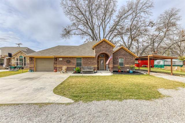 134 Sunflower Drive, Weatherford, TX 76087 (MLS #14476356) :: Premier Properties Group of Keller Williams Realty