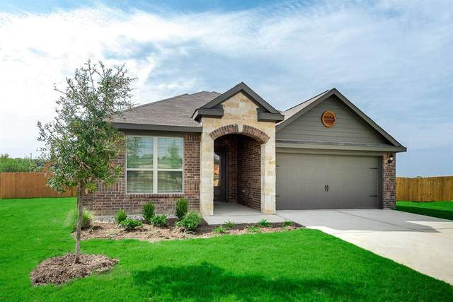 916 Lansman Trail, Denton, TX 76207 (MLS #14476379) :: Keller Williams Realty
