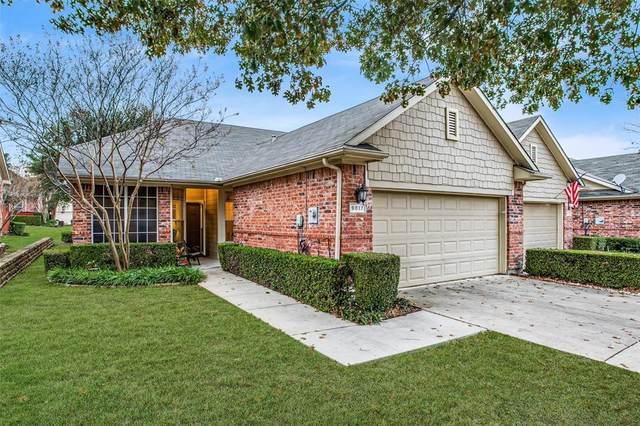 9817 Spire Lane, Plano, TX 75025 (MLS #14476433) :: Real Estate By Design