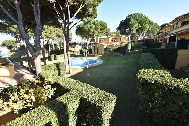 7 Carrer De Les Gavarres #16, Barcelona, TX 17256 (MLS #14476462) :: Real Estate By Design