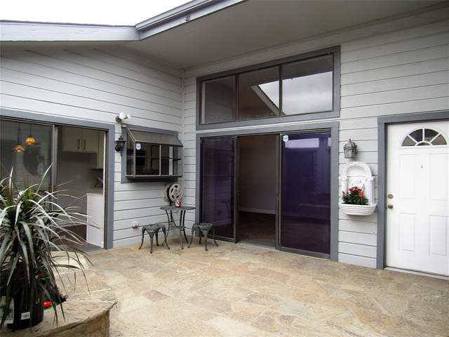 610 Bellaire Drive D, Hurst, TX 76053 (MLS #14476592) :: The Mauelshagen Group