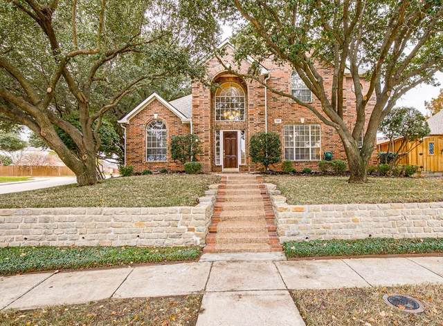 2105 Clubview Drive, Rockwall, TX 75087 (MLS #14476788) :: Premier Properties Group of Keller Williams Realty