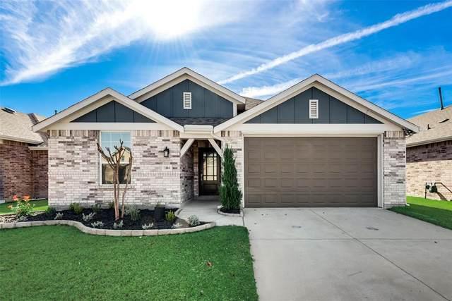 1804 Ranch Trail Road, Aubrey, TX 76227 (MLS #14476938) :: The Kimberly Davis Group
