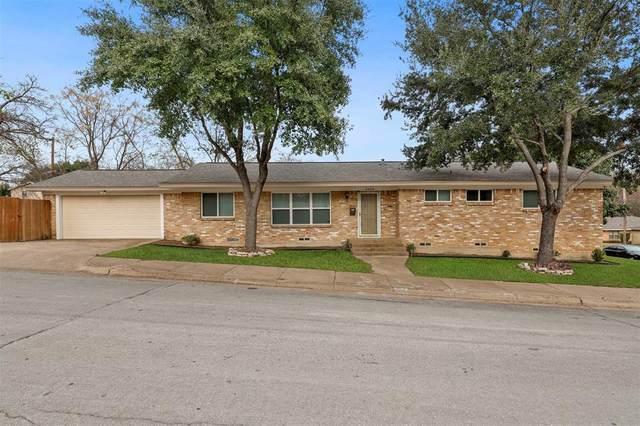2403 Lanark Avenue, Dallas, TX 75203 (MLS #14477016) :: The Heyl Group at Keller Williams