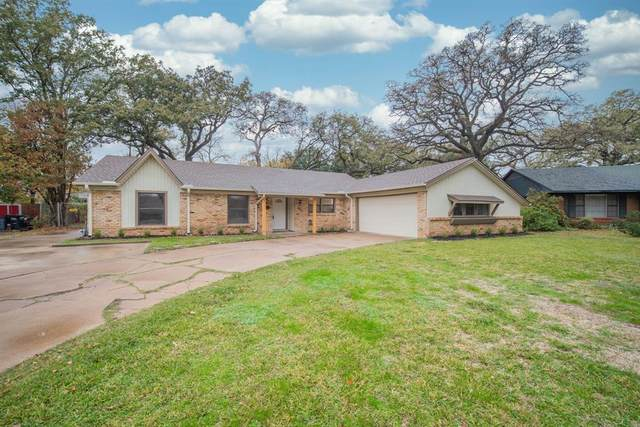 921 Tanglewood Drive W, Irving, TX 75061 (MLS #14477056) :: Real Estate By Design