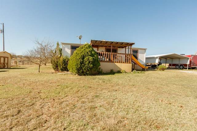 326 Private Road 4443, Rhome, TX 76078 (MLS #14477187) :: The Mauelshagen Group