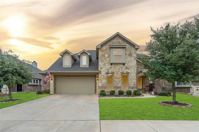 1009 Tarragon Drive, Burleson, TX 76028 (MLS #14477307) :: RE/MAX Pinnacle Group REALTORS