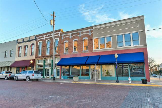 110 W Main Street, Gainesville, TX 76240 (MLS #14477381) :: All Cities USA Realty