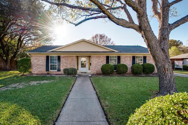 1923 Deep Valley Drive, Richardson, TX 75080 (MLS #14477596) :: The Rhodes Team