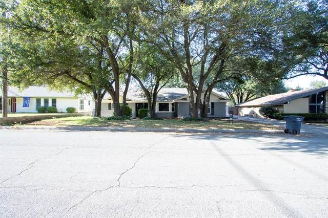 812 Green River Trail, Fort Worth, TX 76103 (MLS #14477706) :: The Kimberly Davis Group