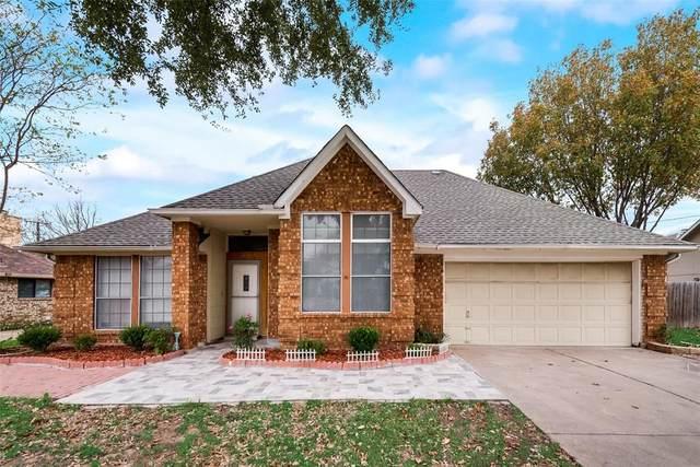 2716 Wentworth Drive, Grand Prairie, TX 75052 (MLS #14478014) :: Robbins Real Estate Group