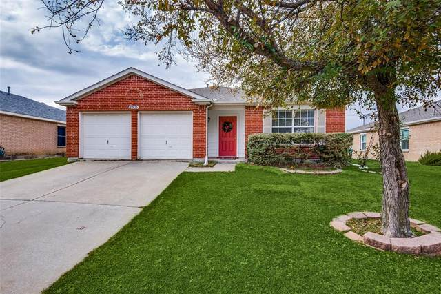 2305 Hampton Drive, Little Elm, TX 75068 (MLS #14478061) :: The Good Home Team