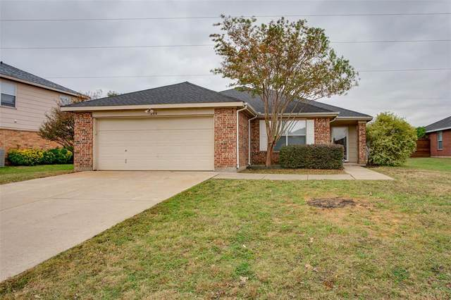 208 Gayleh Lane, Waxahachie, TX 75165 (MLS #14478129) :: The Mitchell Group