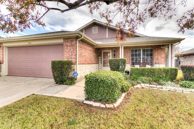 3005 Eastwood Drive, Wylie, TX 75098 (#14478184) :: Homes By Lainie Real Estate Group