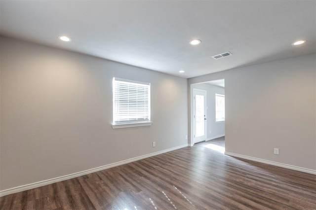 2804 Trinity Street, Irving, TX 75062 (MLS #14478213) :: Jones-Papadopoulos & Co