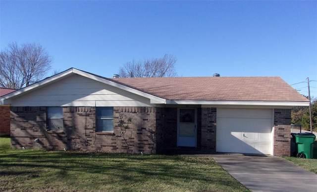 96 9th Street, Nocona, TX 76255 (MLS #14478611) :: The Kimberly Davis Group