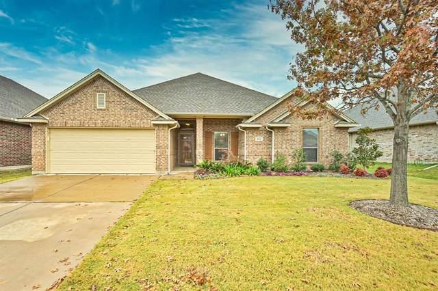 401 Merced Street, Burleson, TX 76028 (MLS #14478775) :: The Hornburg Real Estate Group