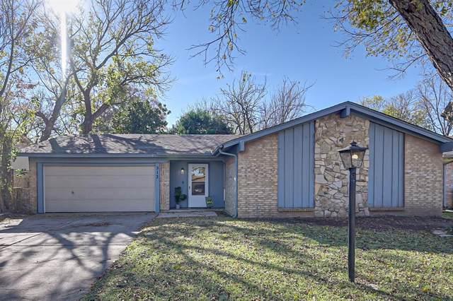 313 Beatty Drive, Grand Prairie, TX 75052 (MLS #14478943) :: EXIT Realty Elite