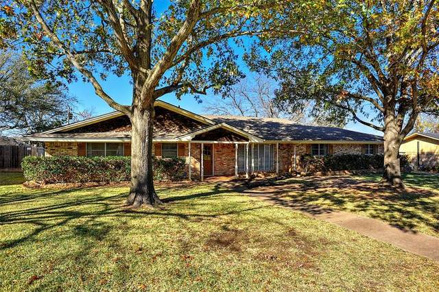 306 Arapaho E, Sherman, TX 75092 (MLS #14478964) :: Frankie Arthur Real Estate