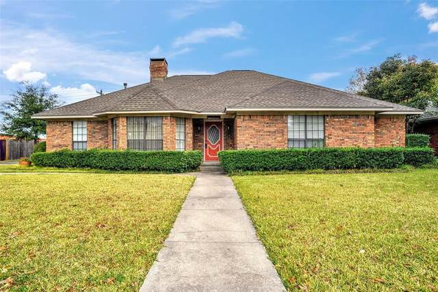 204 Red River Drive, Whitesboro, TX 76273 (MLS #14479036) :: All Cities USA Realty
