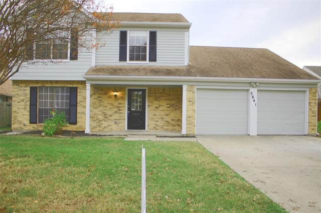2641 Channing Drive, Grand Prairie, TX 75052 (MLS #14479081) :: EXIT Realty Elite
