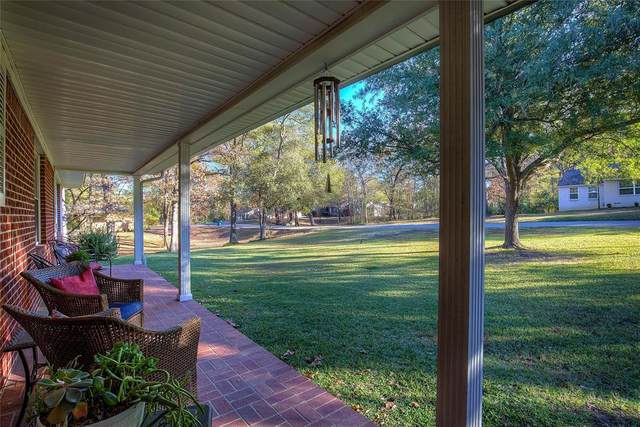 303 Park Drive, Mount Pleasant, TX 75455 (MLS #14479865) :: The Kimberly Davis Group