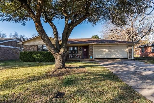 706 Holiday Drive, Sherman, TX 75090 (MLS #14479961) :: The Kimberly Davis Group