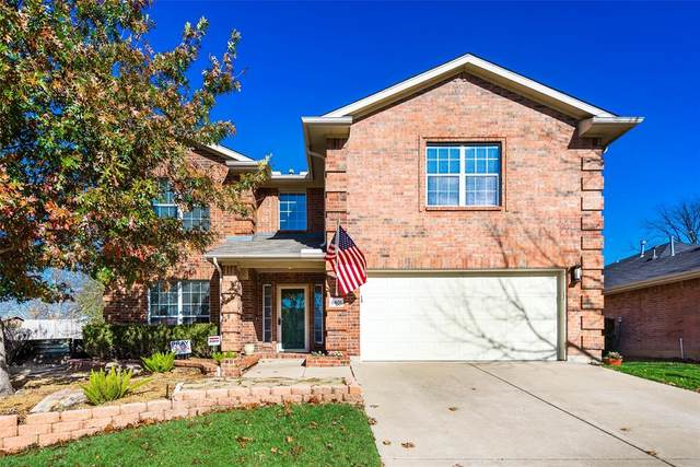 8401 Sailors Street, Rowlett, TX 75089 (#14480065) :: Homes By Lainie Real Estate Group