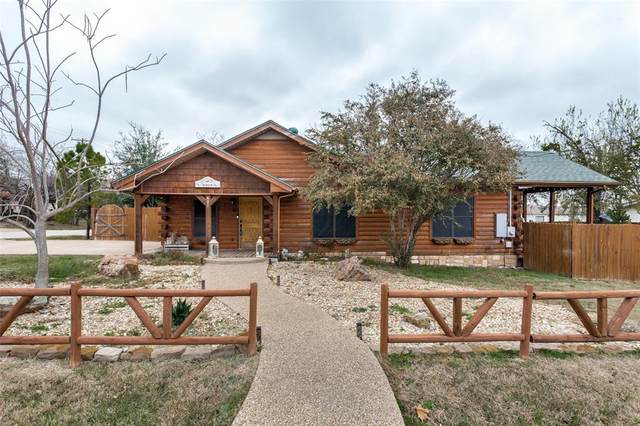 401 E Weaver Street, Alvarado, TX 76009 (MLS #14480082) :: The Star Team | JP & Associates Realtors
