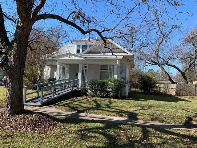 317 S Clements Street, Gainesville, TX 76240 (MLS #14480274) :: Trinity Premier Properties