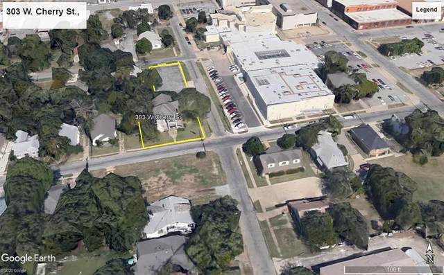 303 W Cherry Street, Sherman, TX 75090 (#14480276) :: Homes By Lainie Real Estate Group