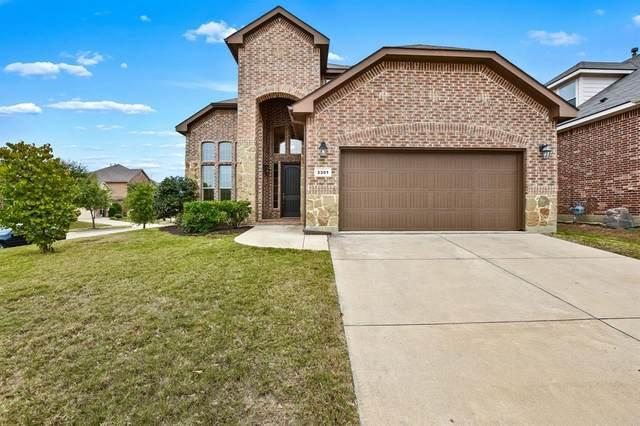 3301 Sombrero Drive, Denton, TX 76210 (MLS #14480517) :: The Kimberly Davis Group