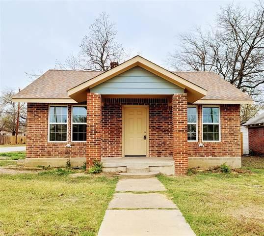 3301 Burton Avenue, Fort Worth, TX 76105 (MLS #14480759) :: The Mauelshagen Group