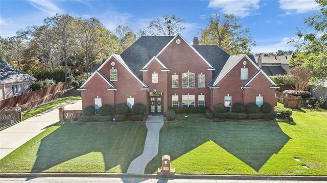 2209 Woodlands Drive, Tyler, TX 75703 (MLS #14480875) :: The Kimberly Davis Group