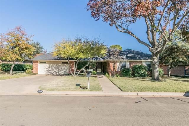 1009 Bucknell Drive, Arlington, TX 76012 (MLS #14480907) :: Frankie Arthur Real Estate
