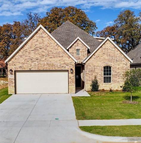 1316 Highland Park Circle, Granbury, TX 76048 (MLS #14480935) :: The Chad Smith Team