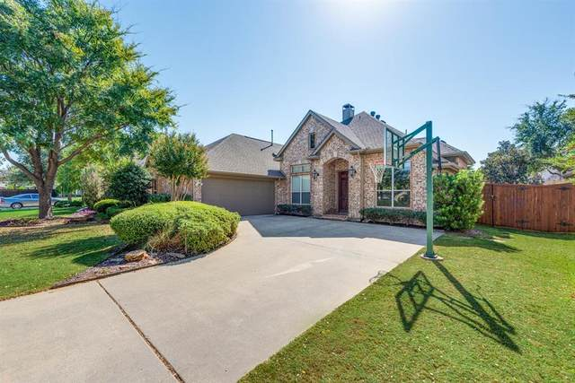 815 Shady Meadow Drive, Highland Village, TX 75077 (MLS #14481093) :: Keller Williams Realty