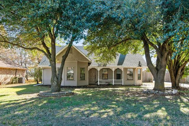 137 Country Drive, Waxahachie, TX 75165 (MLS #14481104) :: All Cities USA Realty