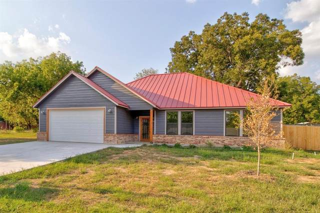 603 College Street, Grandview, TX 76050 (MLS #14481295) :: Potts Realty Group
