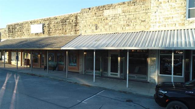 104 W Jacksboro Street, Chico, TX 76431 (MLS #14481436) :: All Cities USA Realty