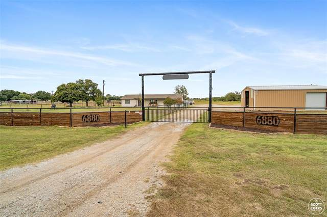 6880 Hwy 67, Bangs, TX 76823 (MLS #14481757) :: The Mauelshagen Group
