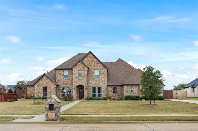 1044 Fox Wood Drive, Kennedale, TX 76060 (MLS #14482043) :: Real Estate By Design