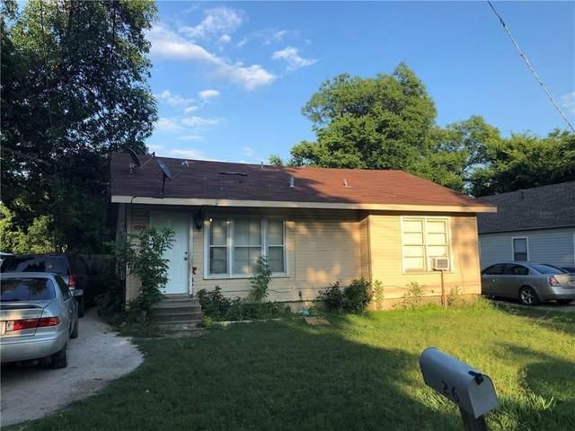 700 Frame Street, Denton, TX 76209 (MLS #14483058) :: Real Estate By Design